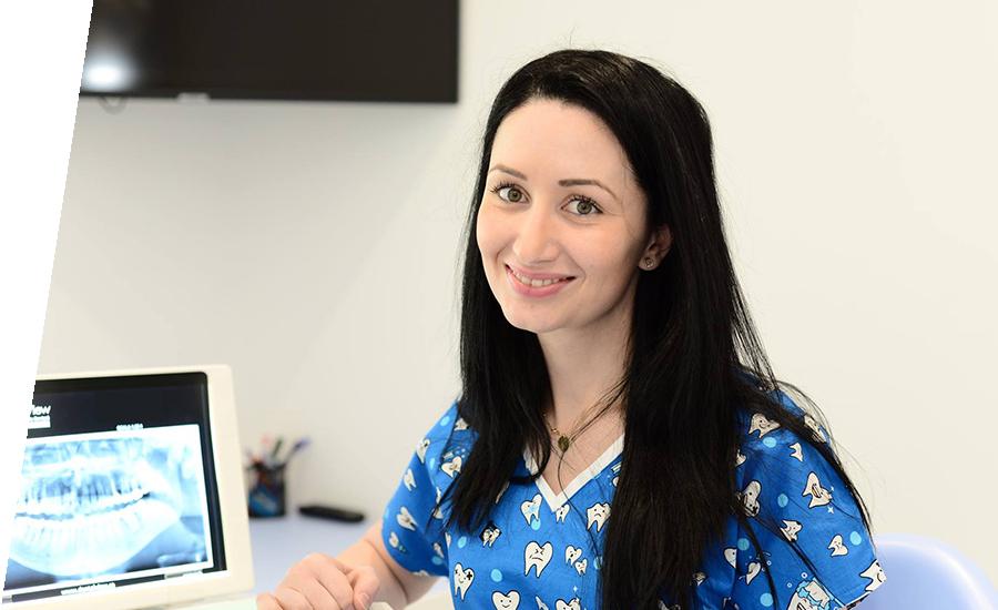 Dr. Oana Madalina Sandu - Medic dentist specialist - Specialitatea endodontie